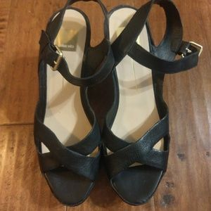 Dolce Vita Black leather wedge sandals Size 10